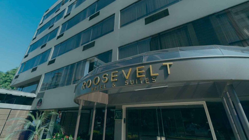Contacto, Roosevelt & Suites, San Isidro