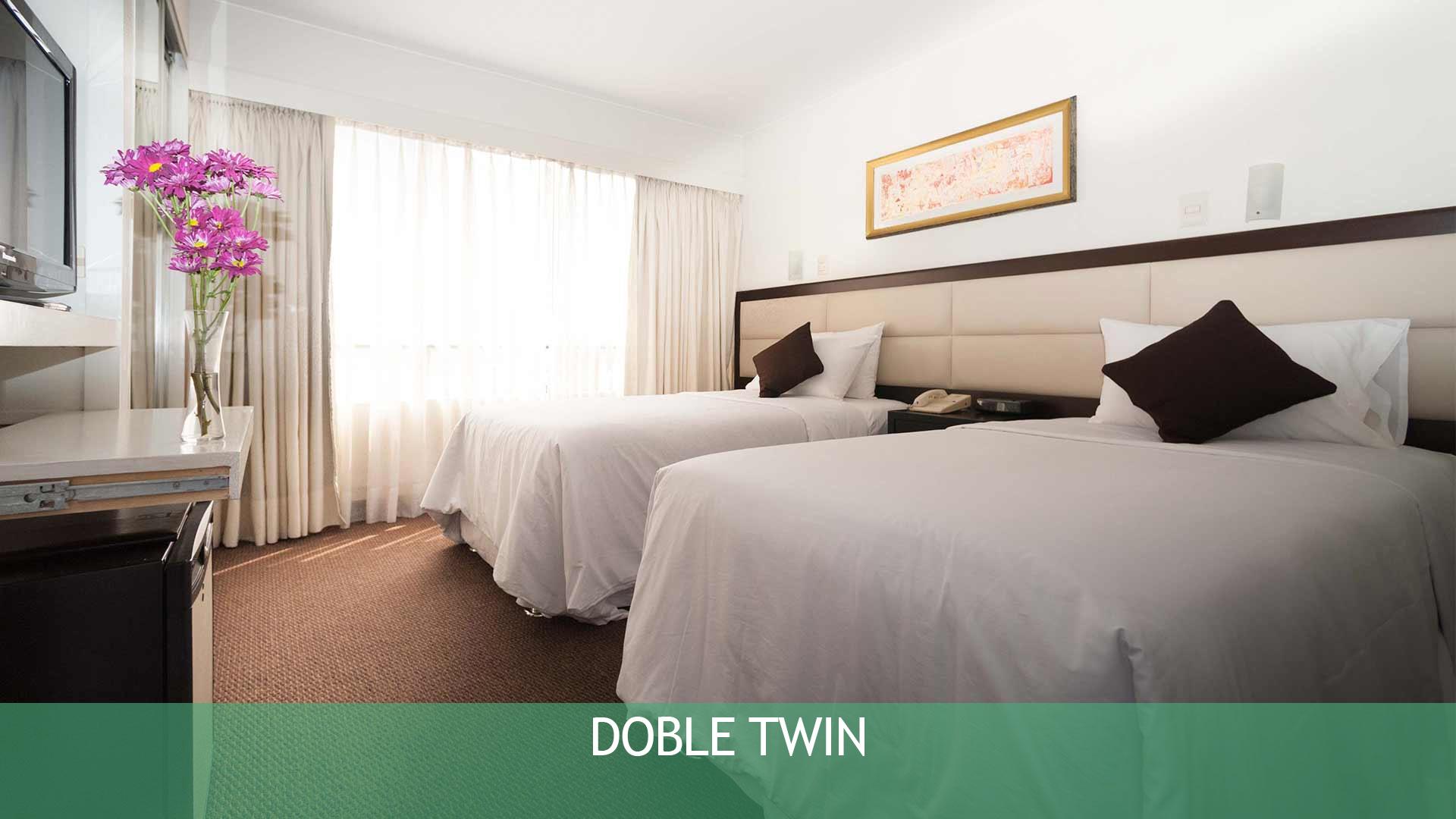 Doble Twin Hotel Roosevelt & Suites