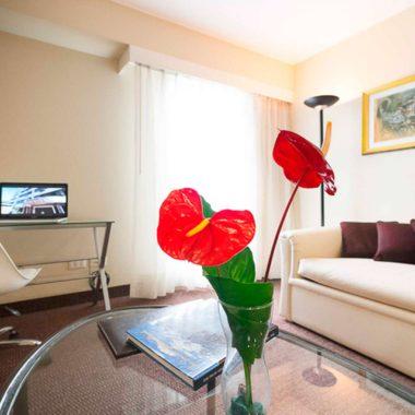 Sala de suite Roosevelt Hotel & Suites, San Isidro, Lima.