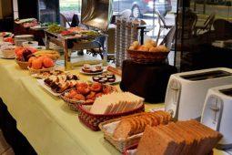 Desayuno Buffet, Roosevelt Hotel, San Isidro,