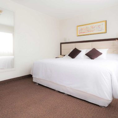 Cama matrimonial, Roosevelt Hotel & Suites, San Isidro