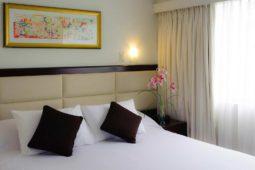 Habitación ejecutiva, cama - Roosevelt Hotel, San Isidro,